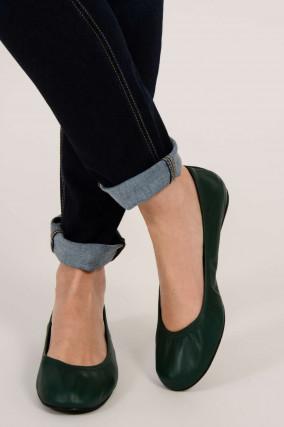 Ballerinas aus Leder in Grün