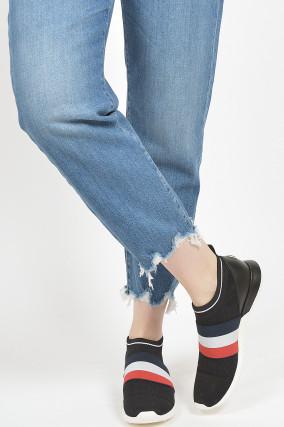 Sneakers in Schwarz/Weiß/Rot