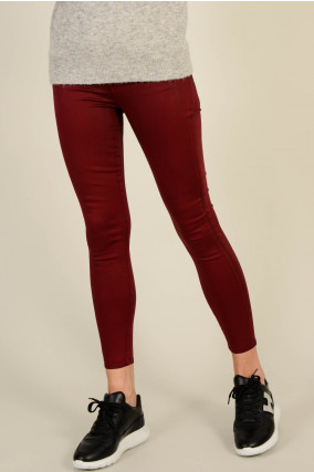 Hose THE SKINNY CROP mit Beschichtung in Bordeaux
