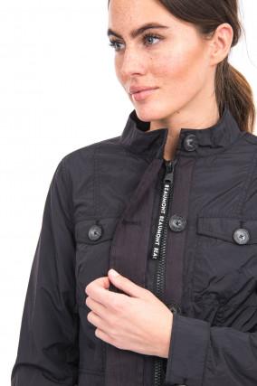 Leichte Jacke in Schwarz