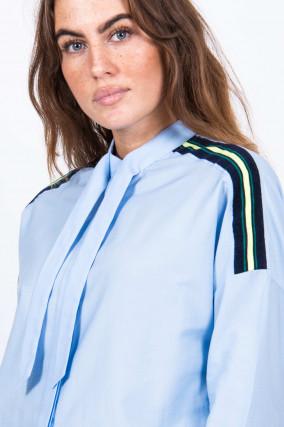 Bluse mit Schluppe in Blau/Neongelb