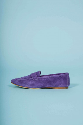 Loafer aus Veloursleder in Violett