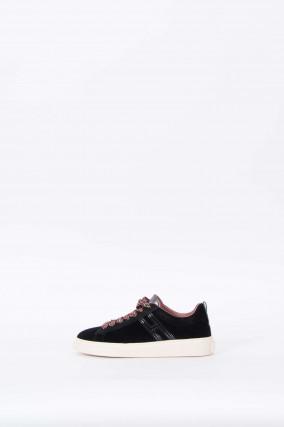 Sneaker mit Samtoptik in Schwarz