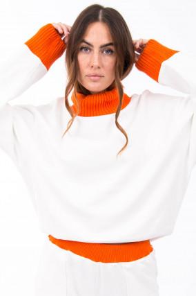 Sweater mit Kontrast-Strick in Natur/Orange