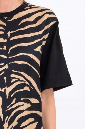Shirt mit Animal-Print in Schwarz/Camel