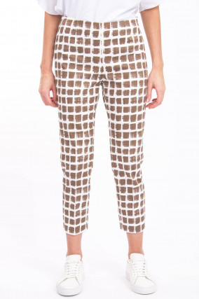 Hose mit Musterung in Braun/Weiß