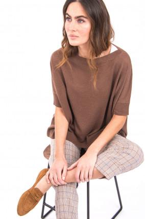 Kurzarm-Pullover mit Fledermausärmel in Haselnuss