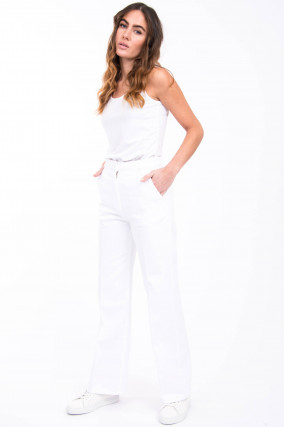 Jeans aus schwerem Denim in Weiß