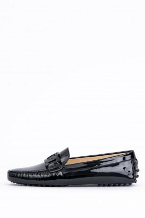 Loafer mit Lack-Optik in Schwarz