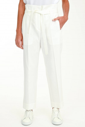 Paperbag-Hose in Weiß