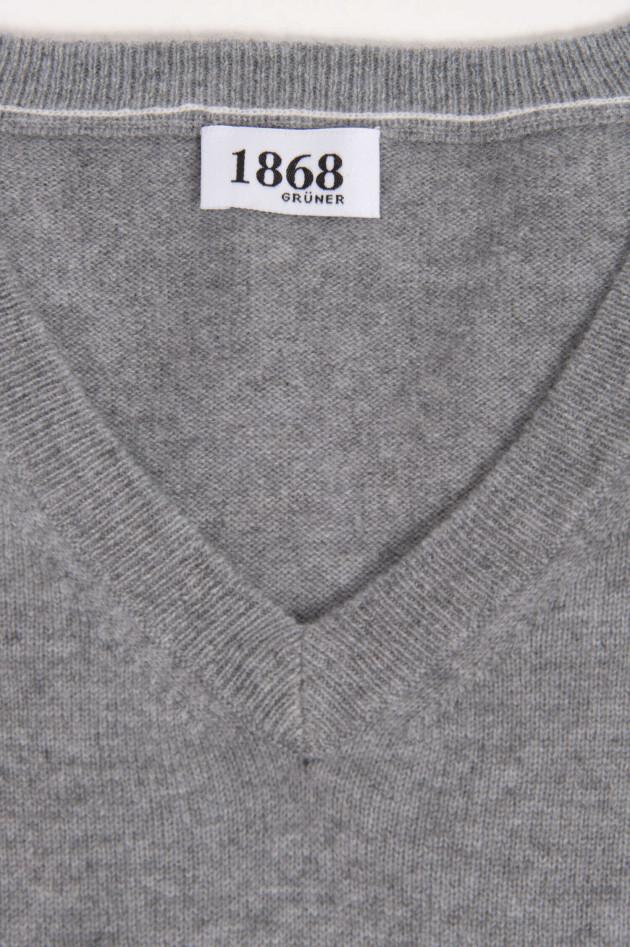 1868 Cashmere Pullover in Hellgrau