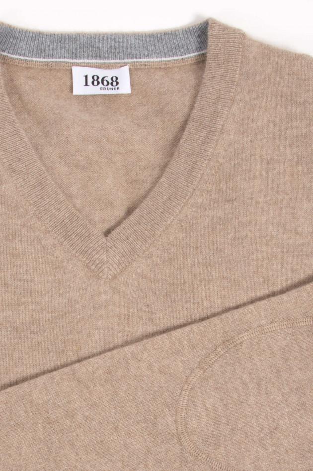 1868 Cashmere Pullover in Beige