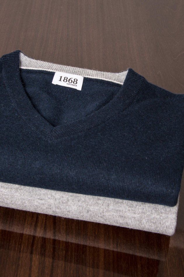 1868 Cashmere Pullover in Navy