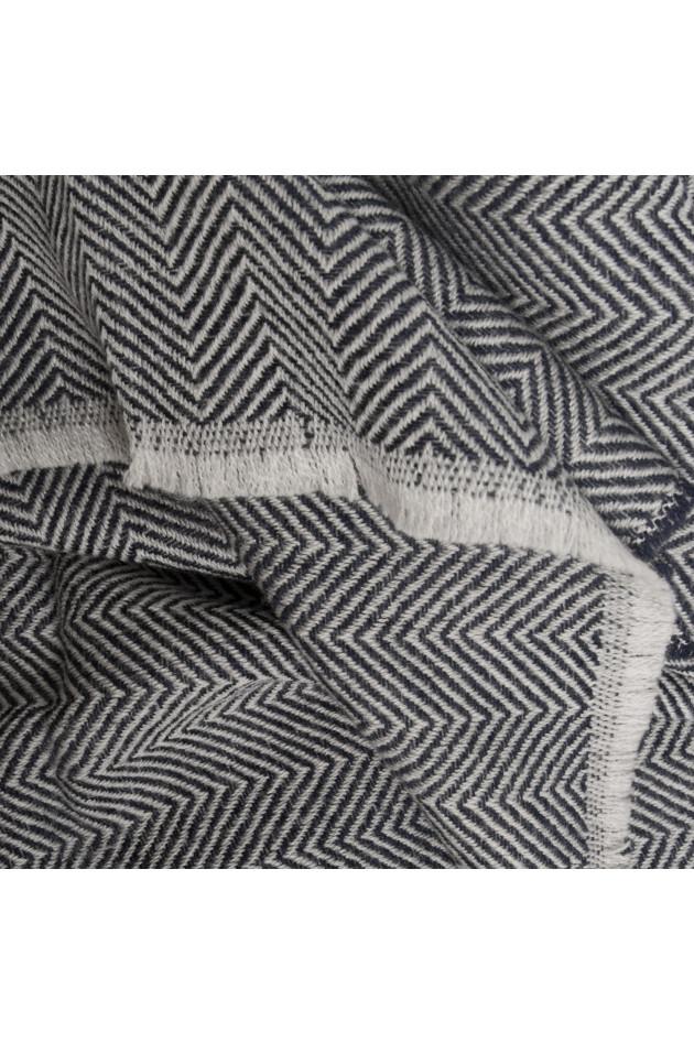 gr ner online shop pelo schal in schwarz wei gemustert. Black Bedroom Furniture Sets. Home Design Ideas