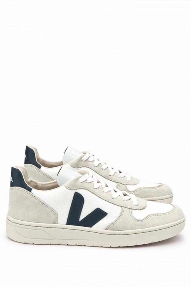 Veja Nachhaltiger Sneaker V-10 in Weiß/Beige/Navy