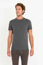 T-Shirt aus Bio-Baumwolle in Anthrazit