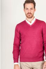 V - Pullover in Rot