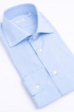 Hemd mit klassischem Kragen in Hellblau