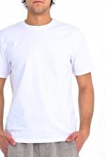 Basic T-Shirt in Weiß