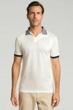 Poloshirt mit Streifen-Kragen in Weiß/Navy
