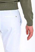 Bermuda Shorts in Weiß