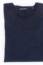 Basic T-Shirt in Navy