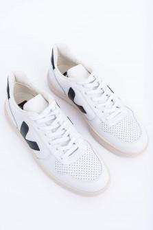 Leder-Sneaker V10 in Weiß/Schwarz