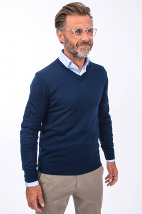 Merino-Pullover mit V-Neck in Navy