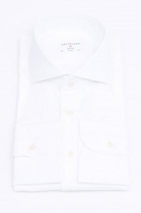 Hemd mit Haisfischkragen in Weiß