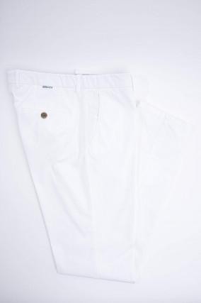 Baumwoll-Chino in Weiß