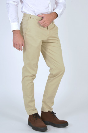 Chino TOURIST in Hellbeige