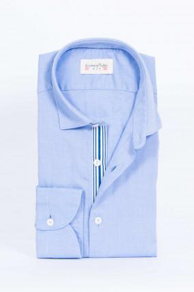 Hemd mit Kontrast-Knopfleiste in Hellblau