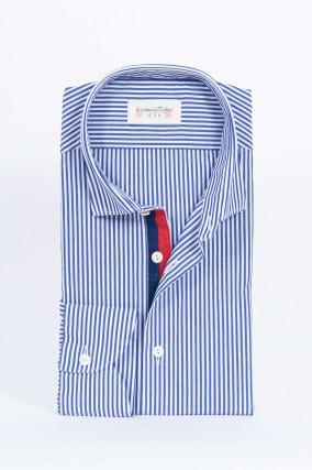 Hemd mit Kontrast-Knopfleiste in Blau/Weiß