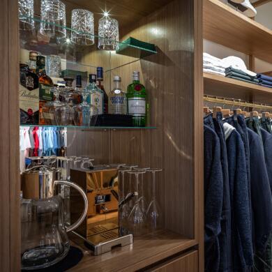 Modehaus Grüner: Store in Velden - Herren - Bar (Bild 2 von 9)